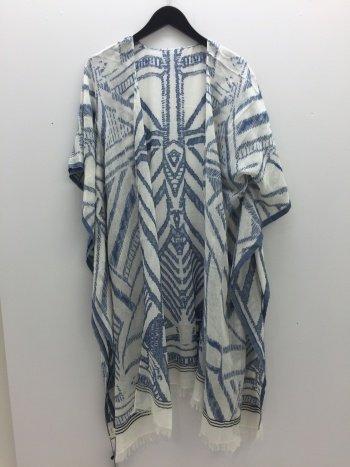 Take 5 Boutique kimono
