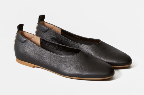Comfortable and Fashionable dress shoes for work for Real Life Style, Everlane Day Gloves